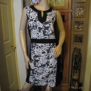 Emma & Michele Black & White Dress 24W